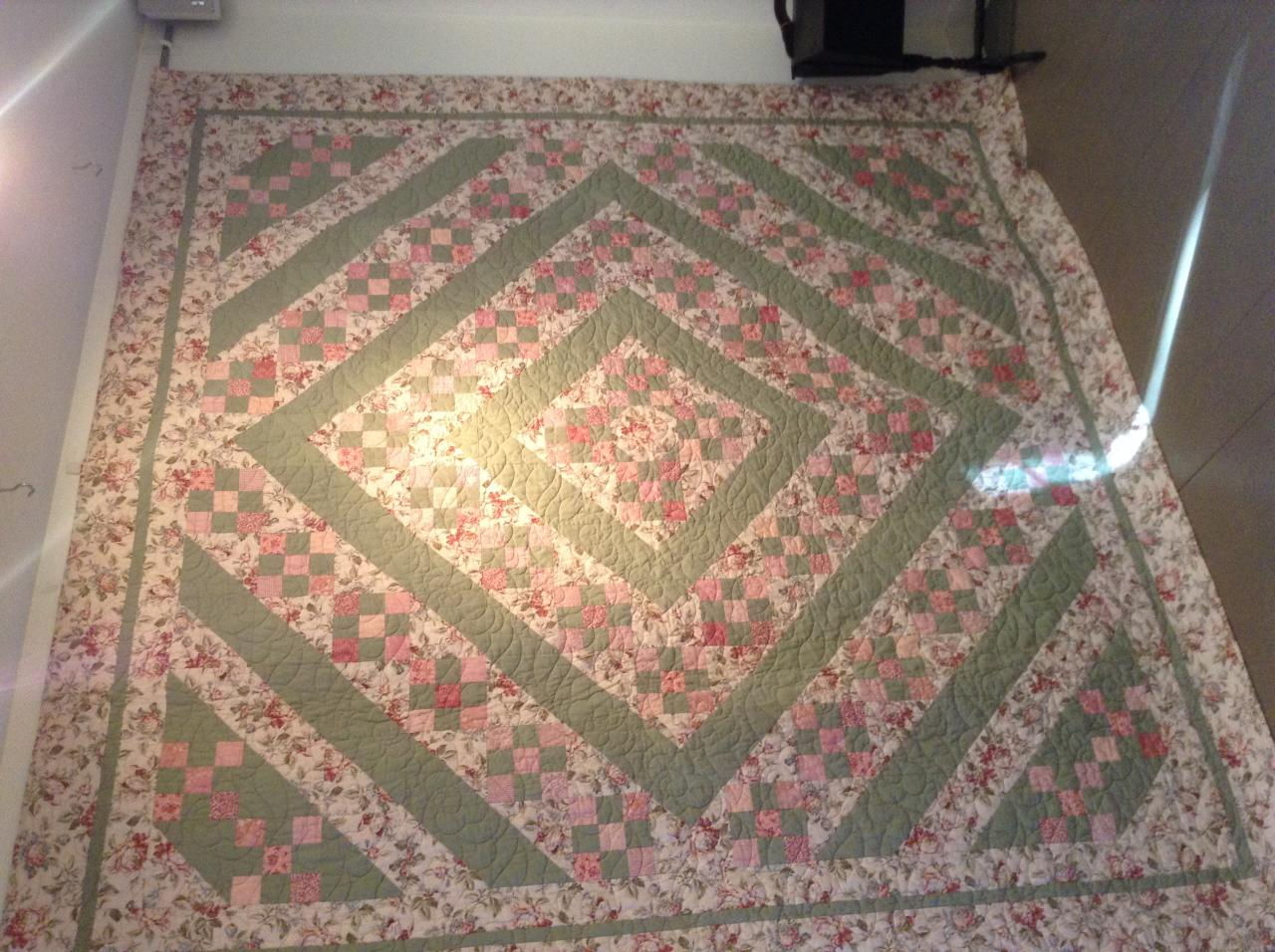 Brookside quiltworks bed quilts for sale for Quilts for sale